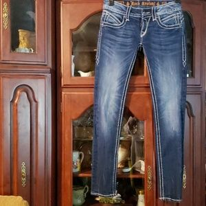Super sexy Rock Revival Skinny Jeans